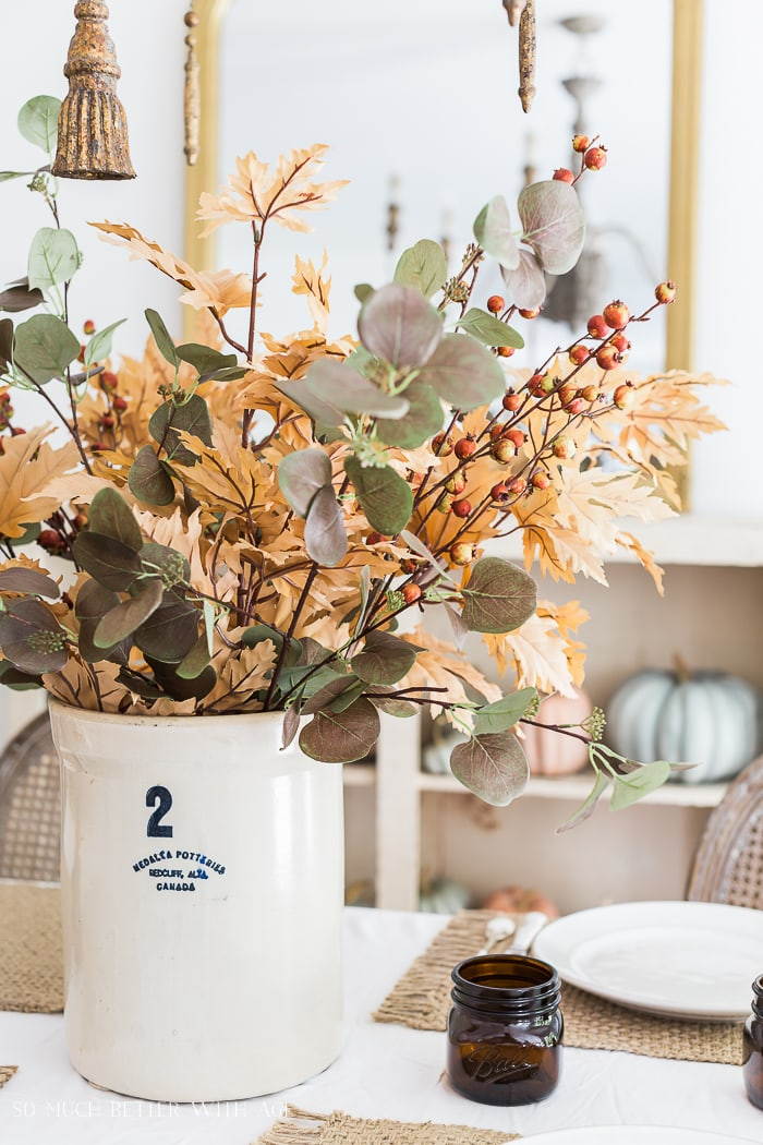 fall-dining-room-somuchbetterwithage