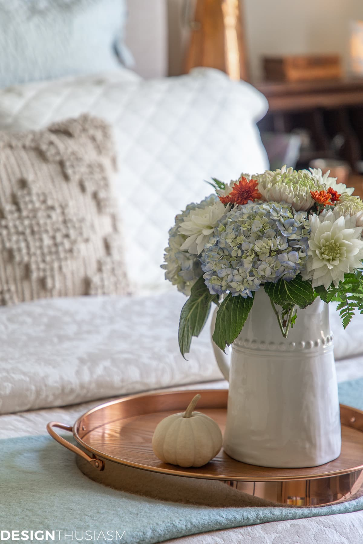fall guest bedroom ideas