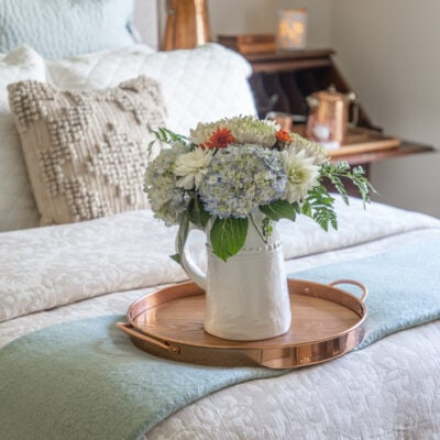 Fall Guest Bedroom Ideas: 6 Ways to Welcome Autumn Visitors