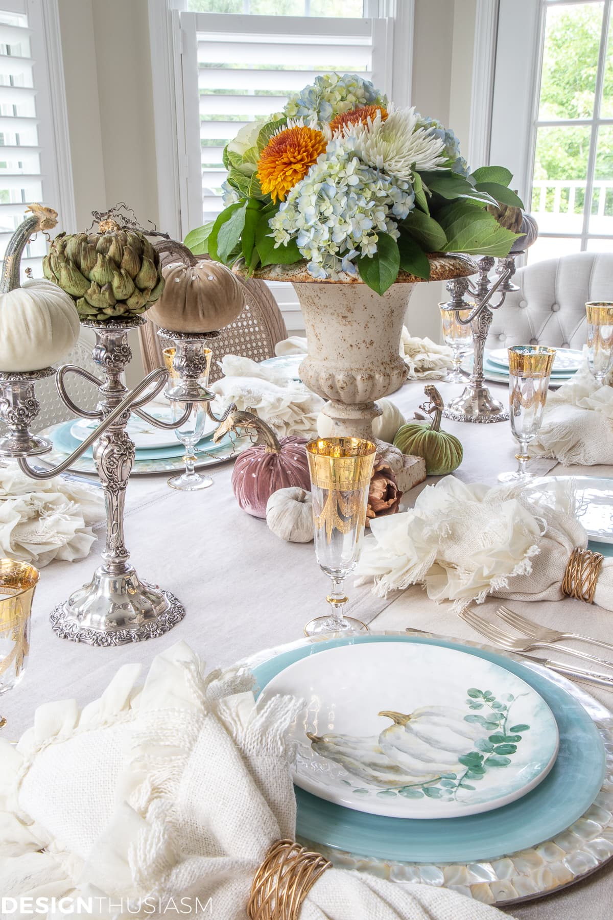 soft fall table decor