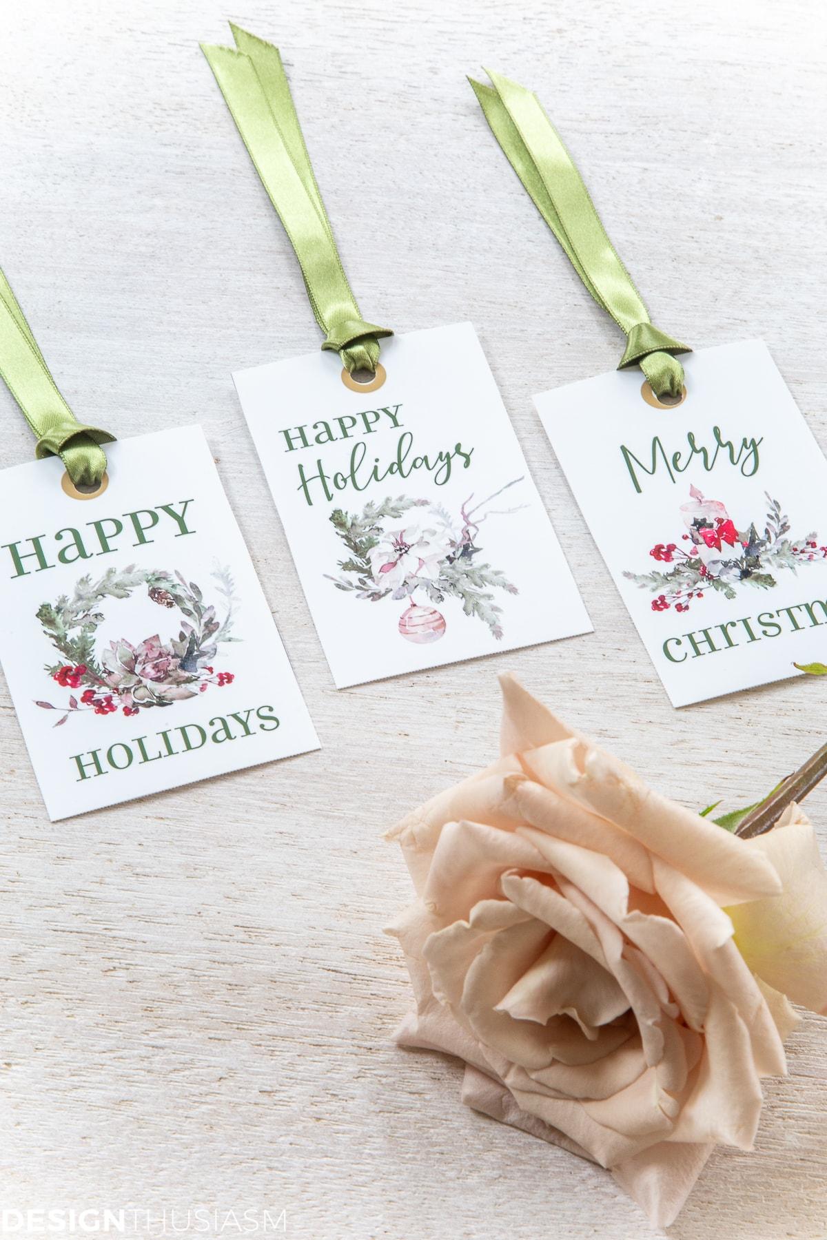 Christmas gift tag printables with ribbon