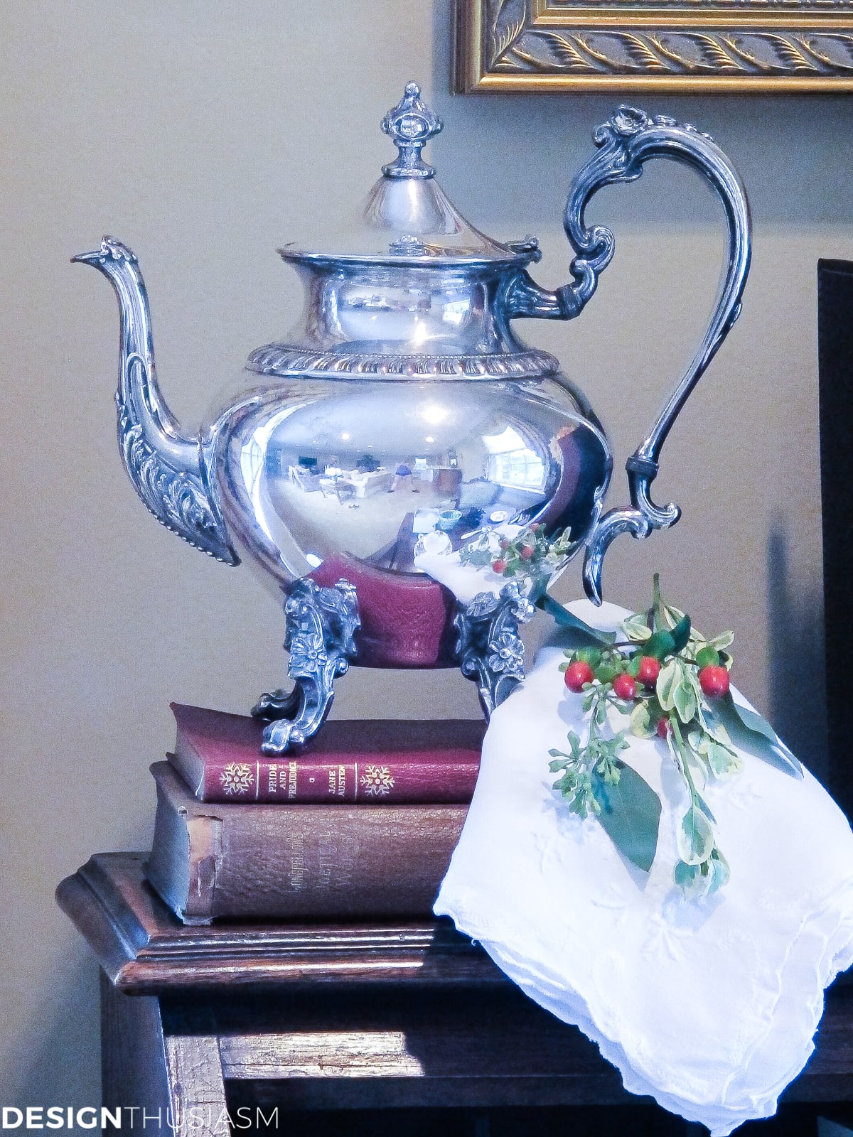 Christmas decoration ideas silver teapot