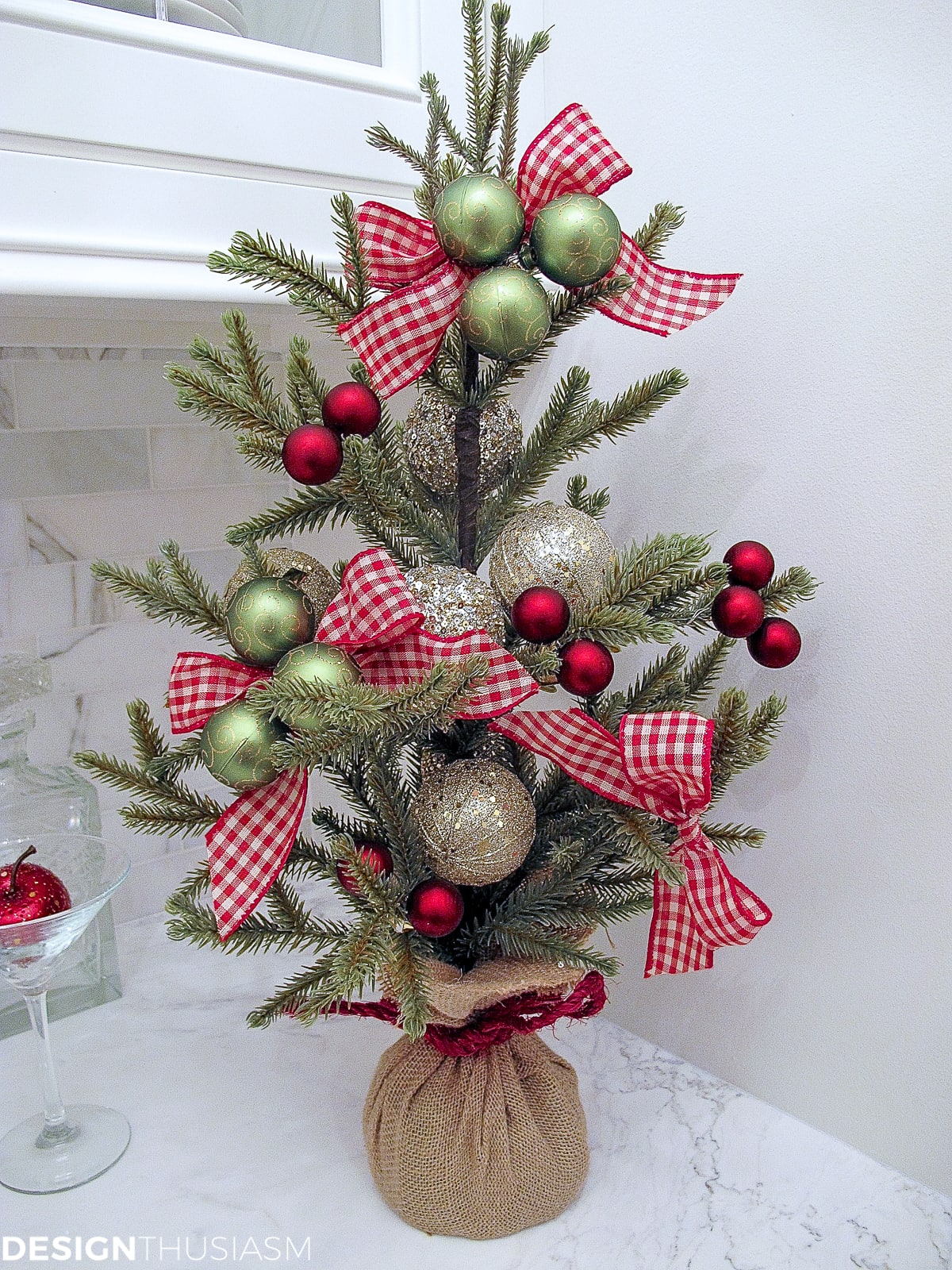 Christmas decoration ideas simple tabletop tree