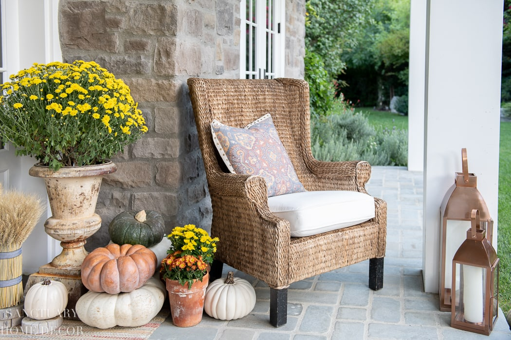 Fall-Front-Porch-Decorating-Ideas-From-Sanctuary-Home-Decor