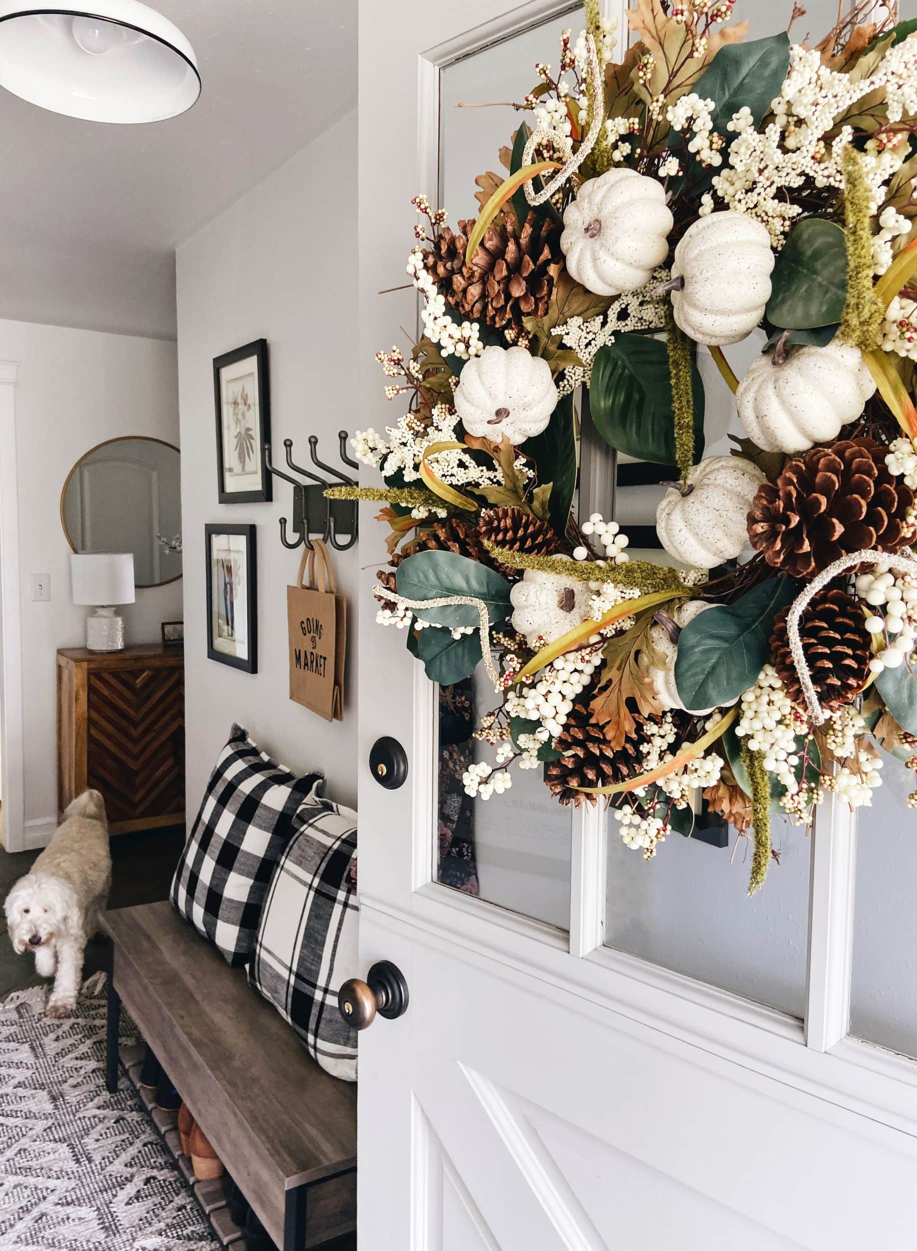 Fall-entry-decorating-the-inspired-room