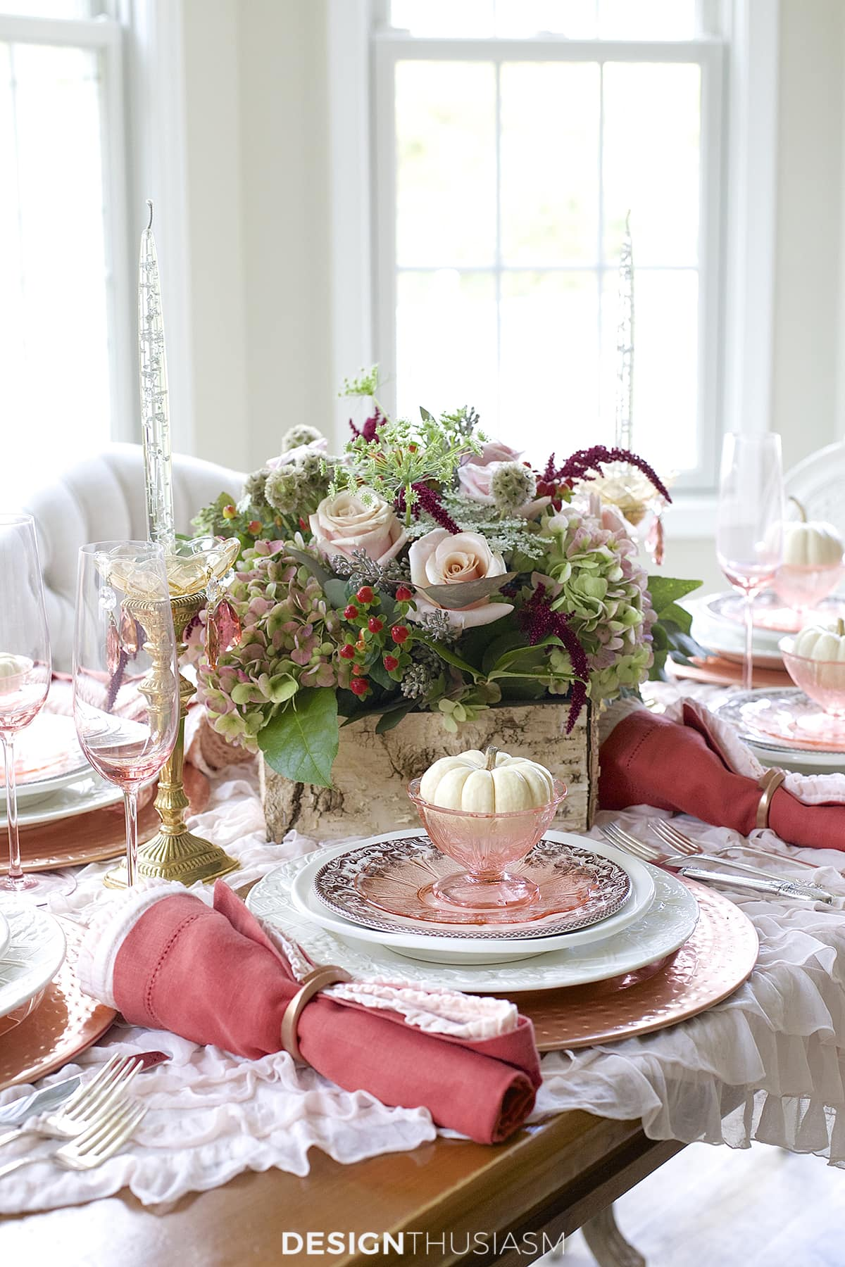 Thanksgiving table decor + Thanksgiving table setting ideas