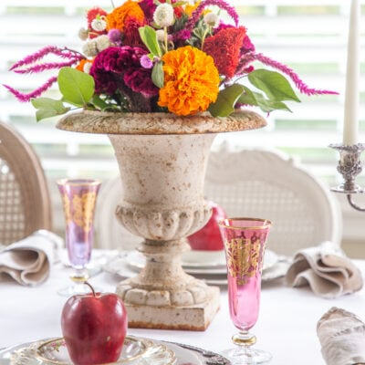 Apple Decor: Celebrating the Fall Harvest with a Colorful Table Setting