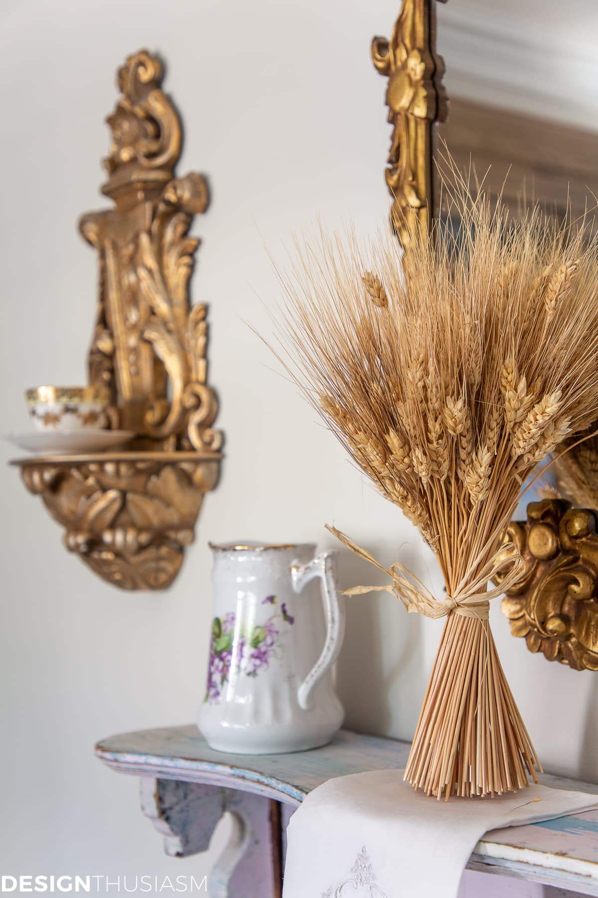 fall home office decor wheat stalks