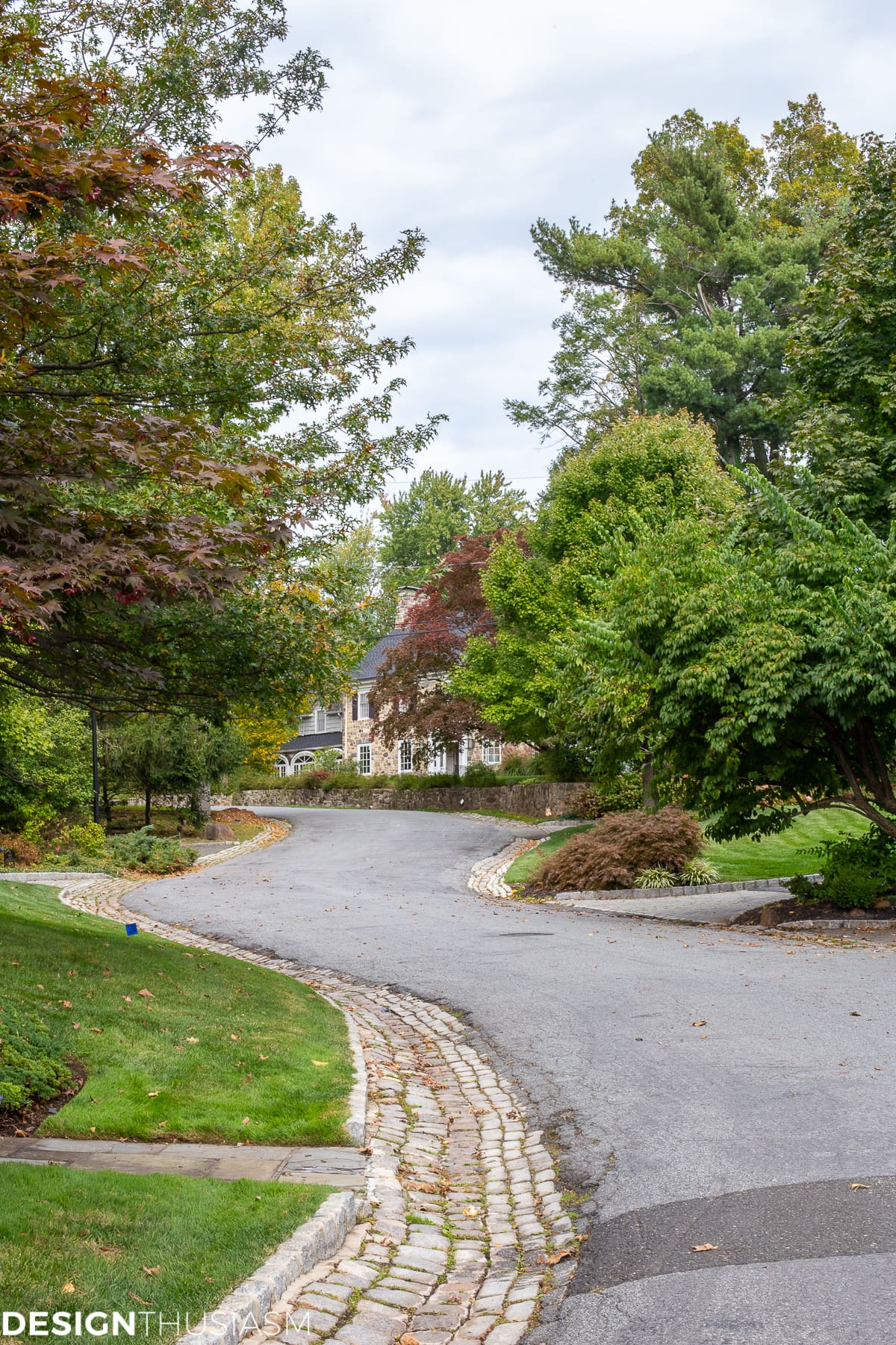 putting down roots choosing a special neighborhood