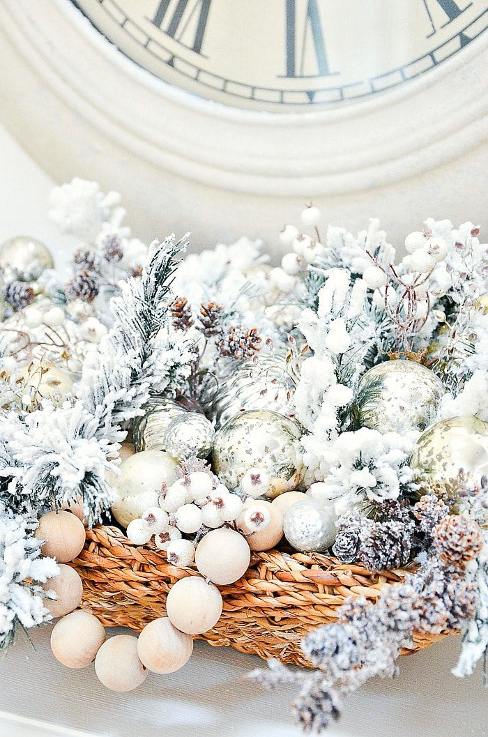 EASY CHRISTMAS CENTERPIECE StoneGable