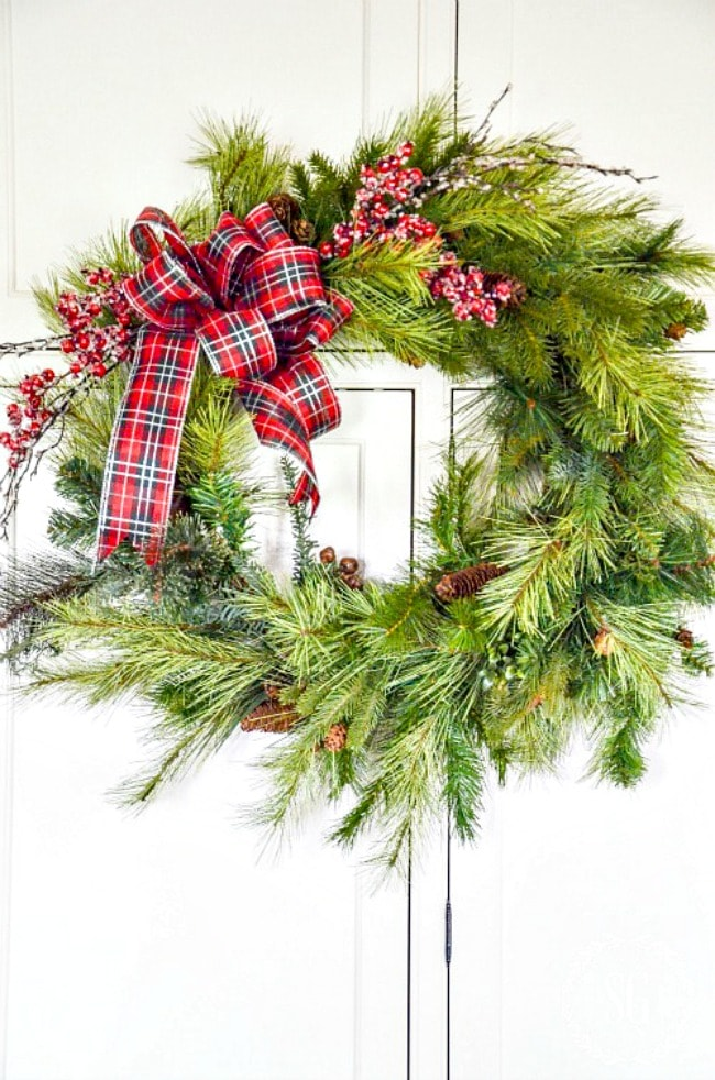 HOW-TO-UPDATE-AN-OLD-WREATH