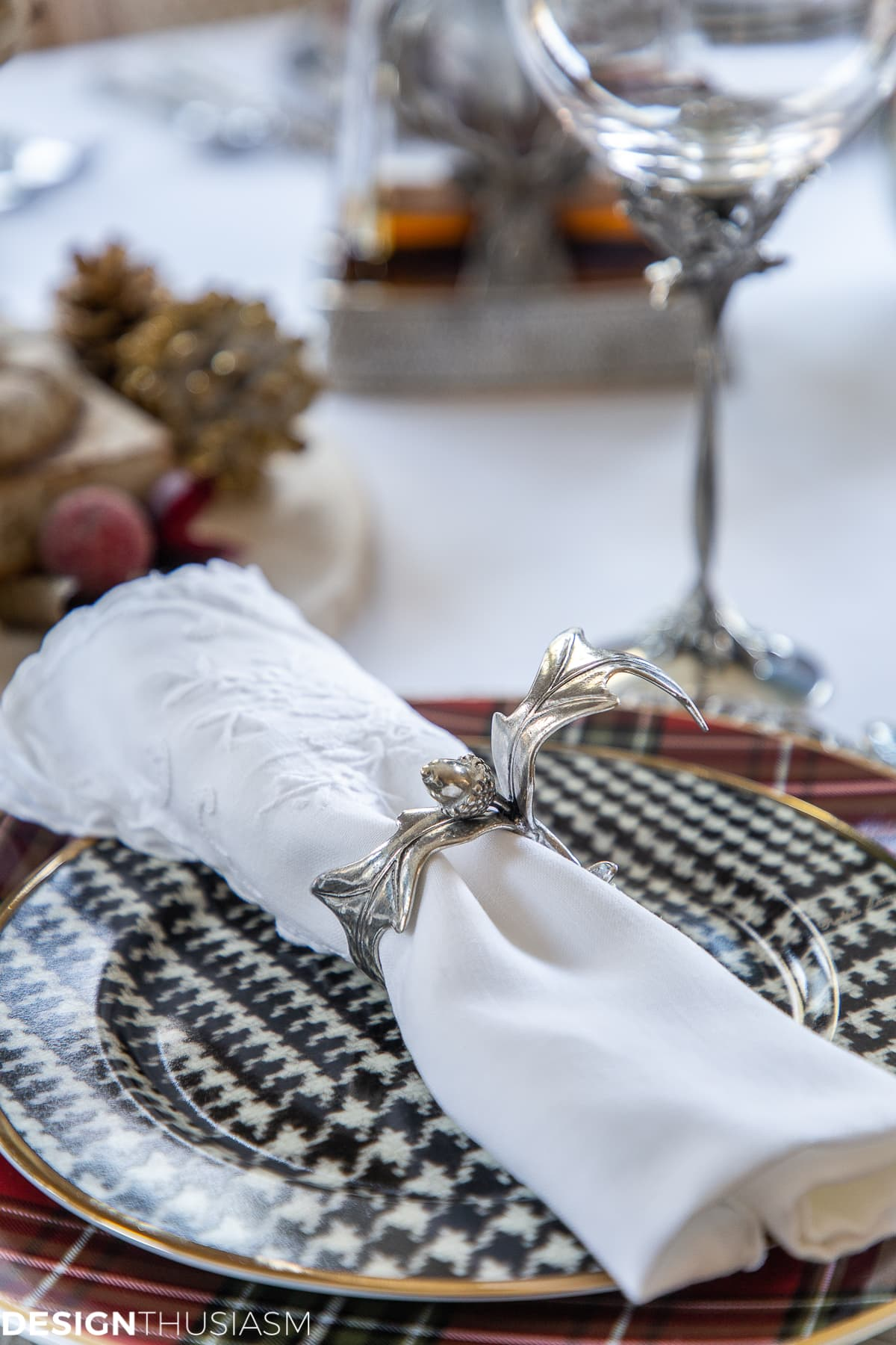 chic pewter Christmas table decorations
