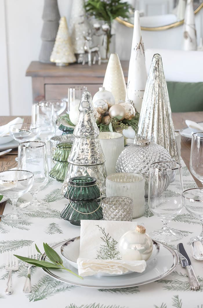 RFR Green & White Tablescape