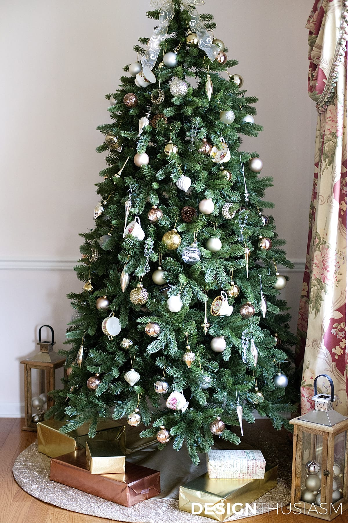French Country teacup Christmas tree