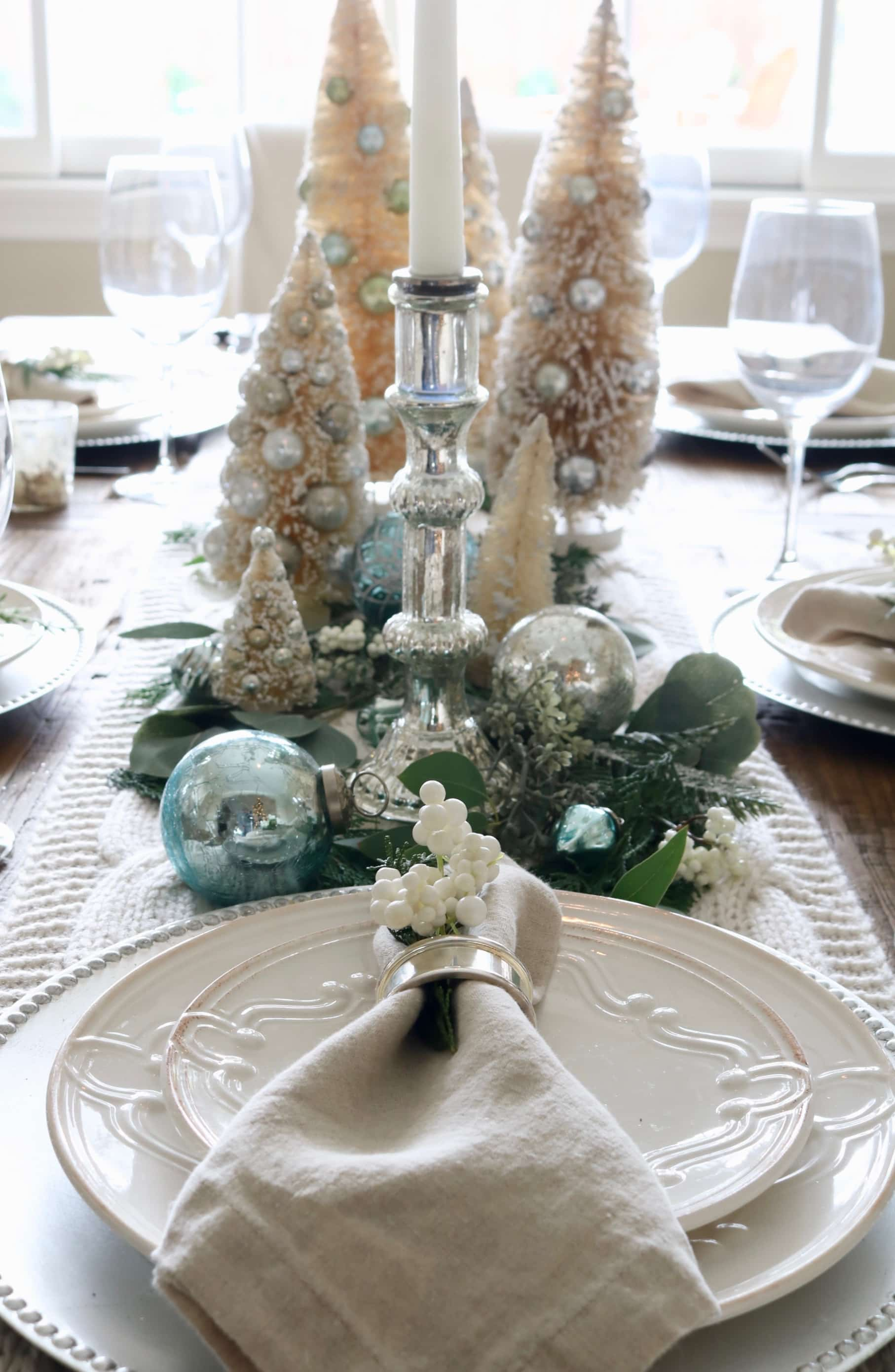 fall kitchen table centerpiece stonegable.htm a cozy round christmas table stonegable  a cozy round christmas table stonegable