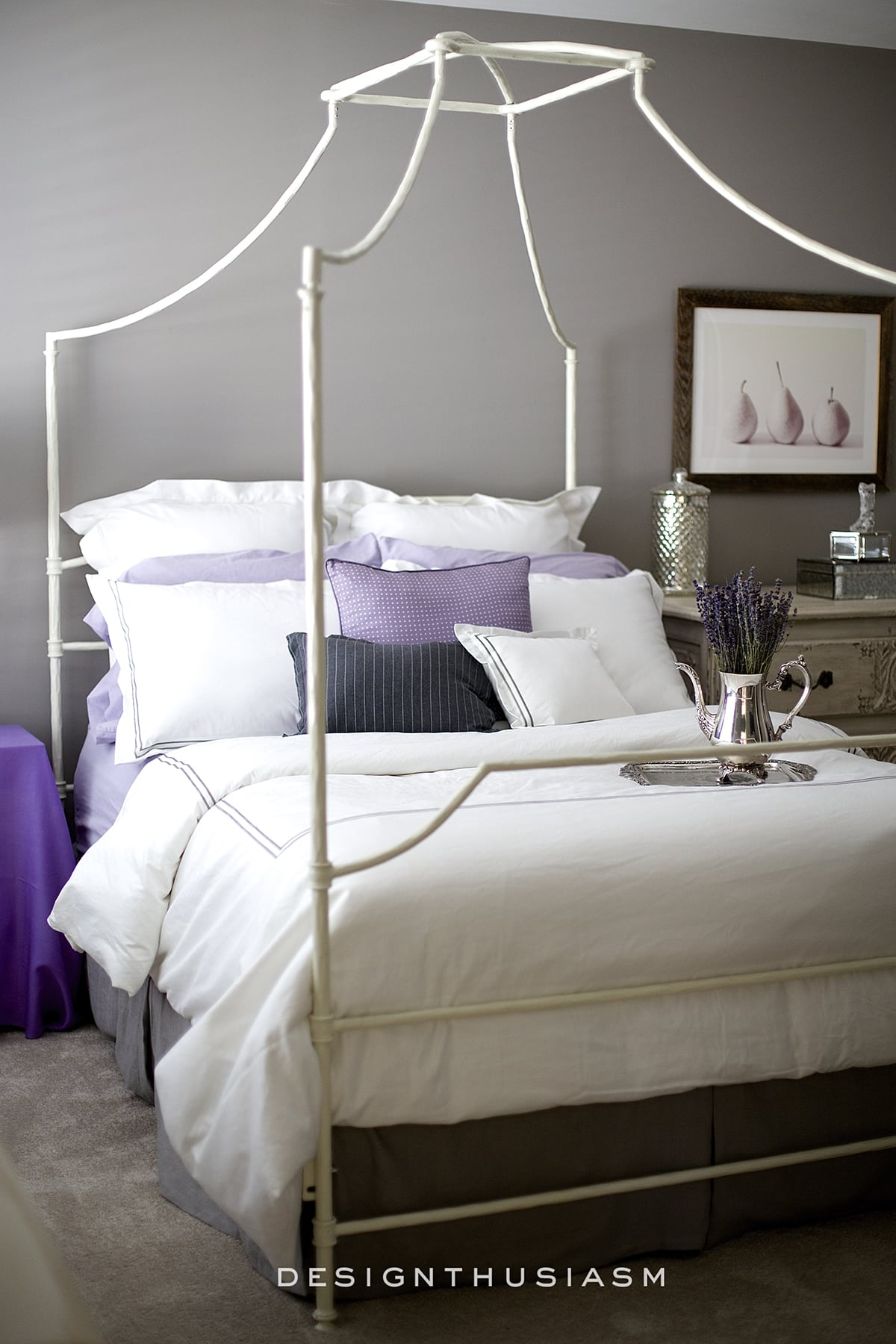 lilac and grey bedroom
