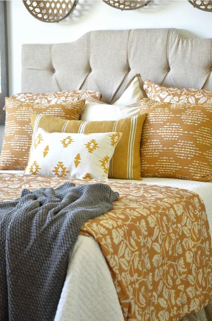 Bed Pillows StoneGable