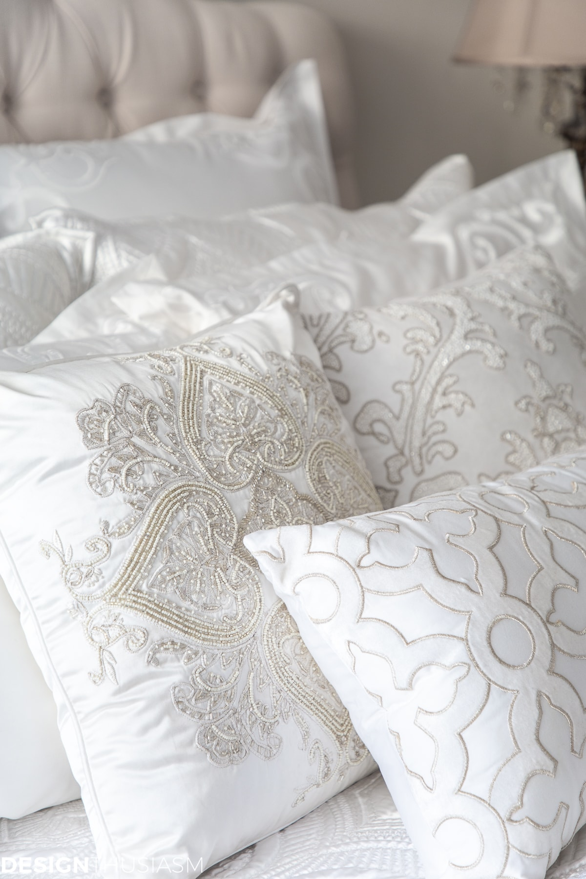 luxury white bedding pillows