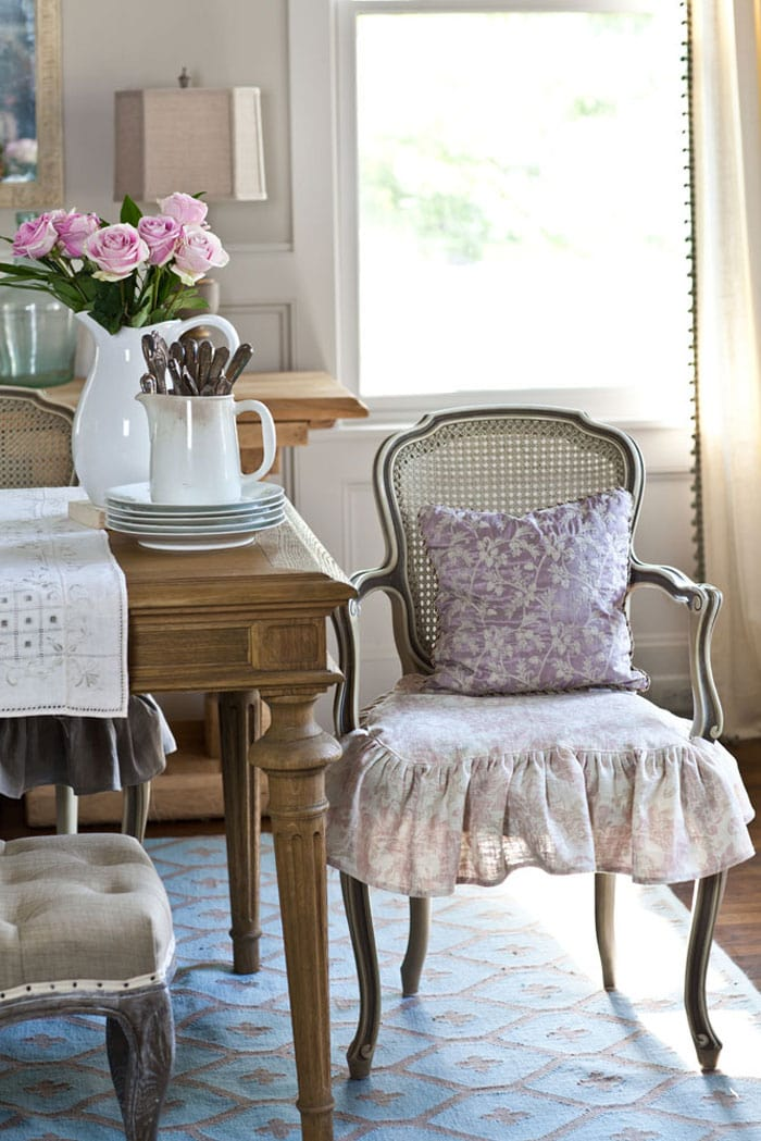 pink-slipcovers-cedar-hill-farmhouse