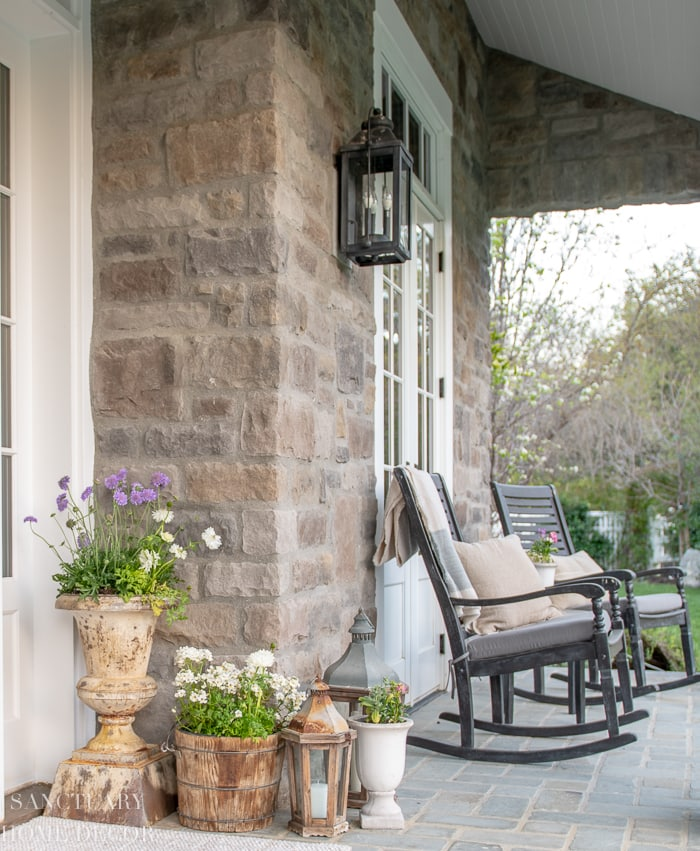 Spring_Front_Porch_Decorating