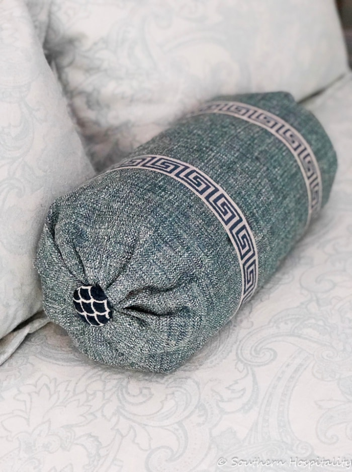 how to make no sew bolster