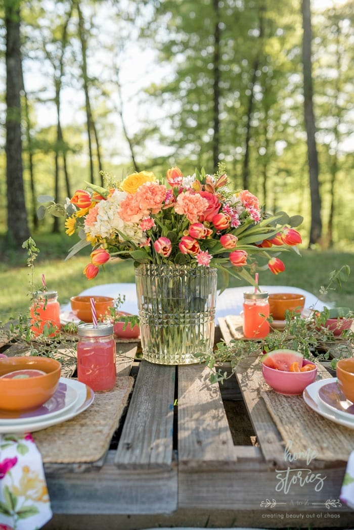 Home Stories Boho Outdoor Table Setting