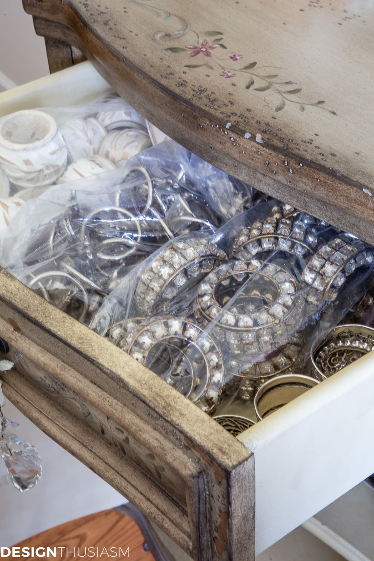 napkin rings storage