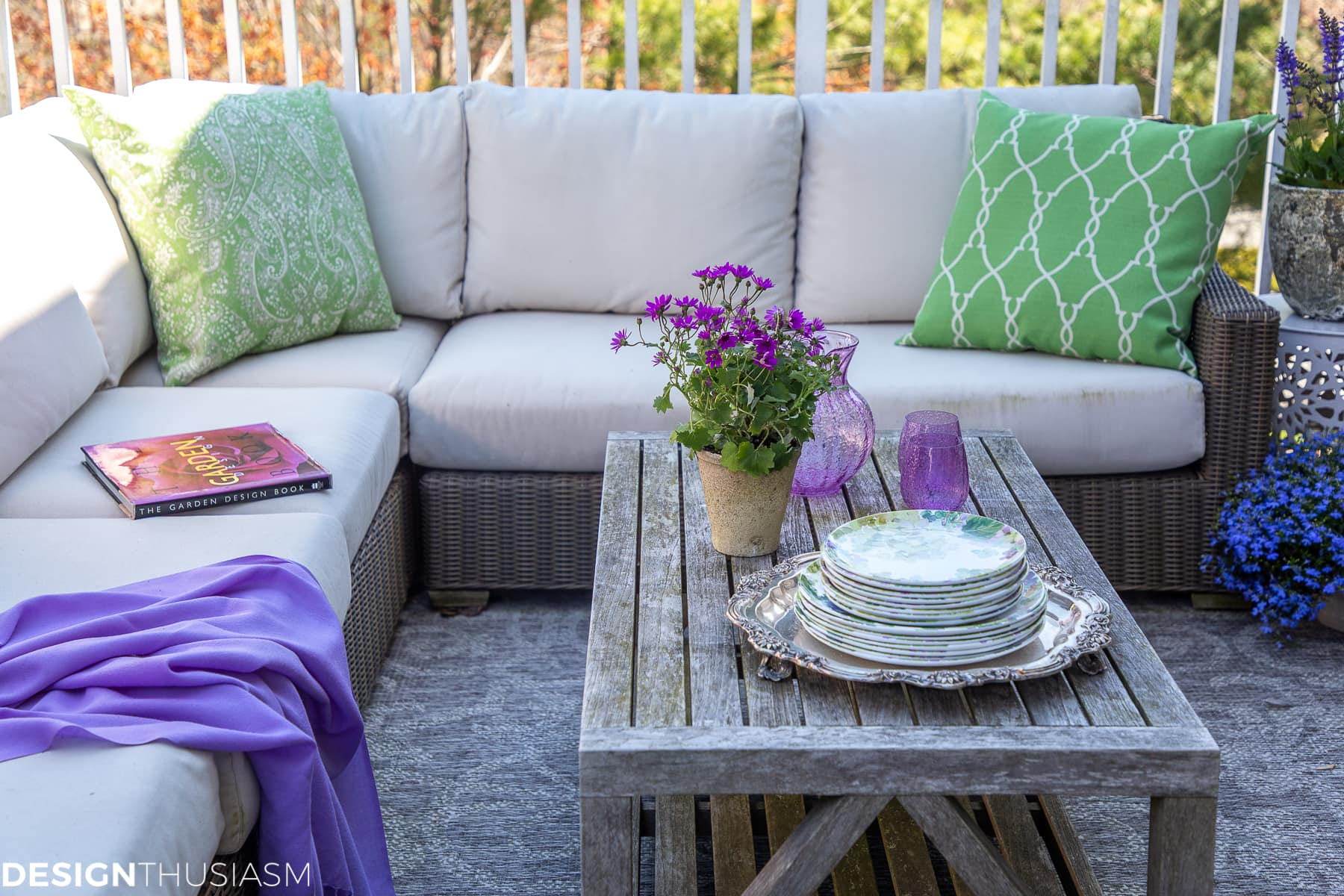patio decor coffee table
