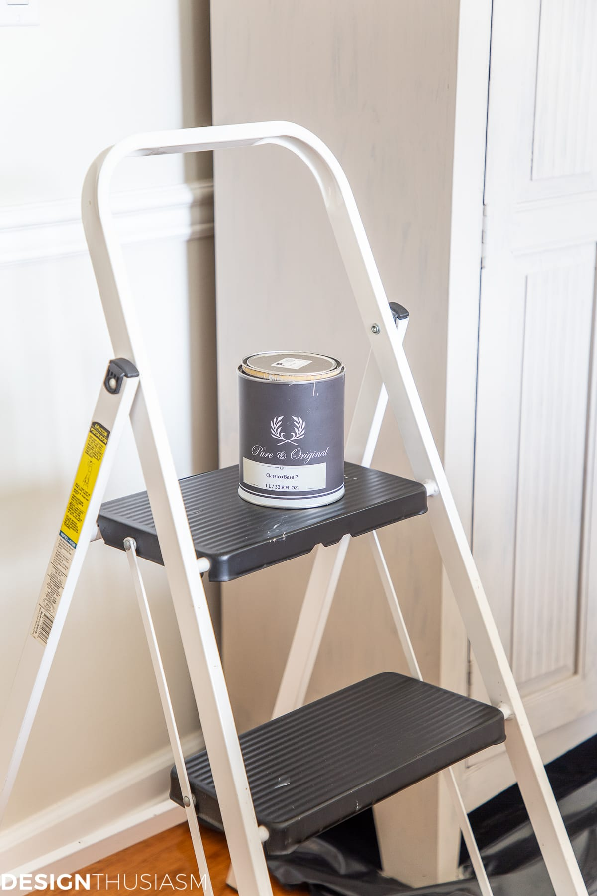 chalk paint for cabinet