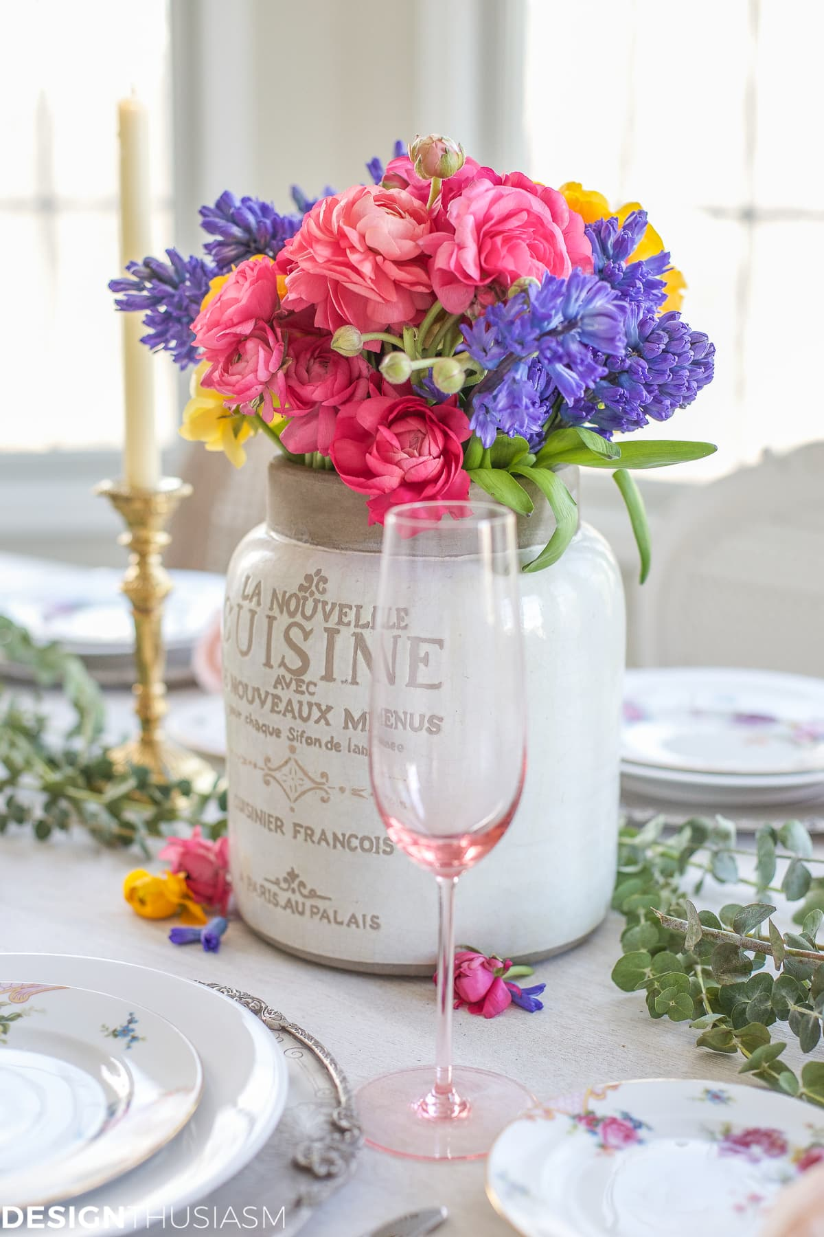 EEW 133 - Spring Floral in a Seasonal Tablescape