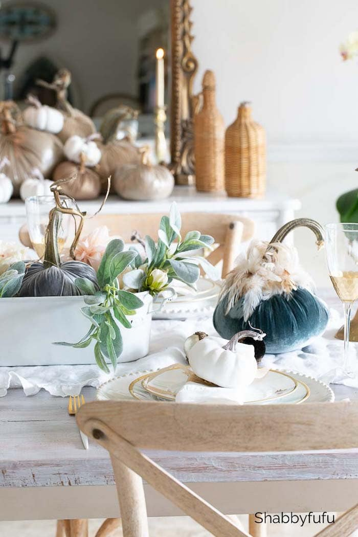 Shabbyfufu velvet pumpkins early fall tablescape