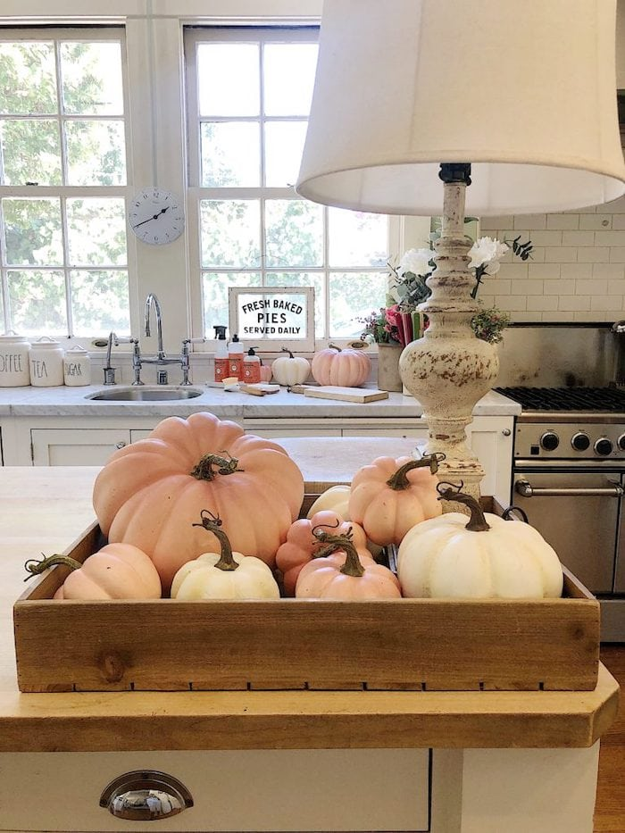 add-fall-decor-to-your-kitchen