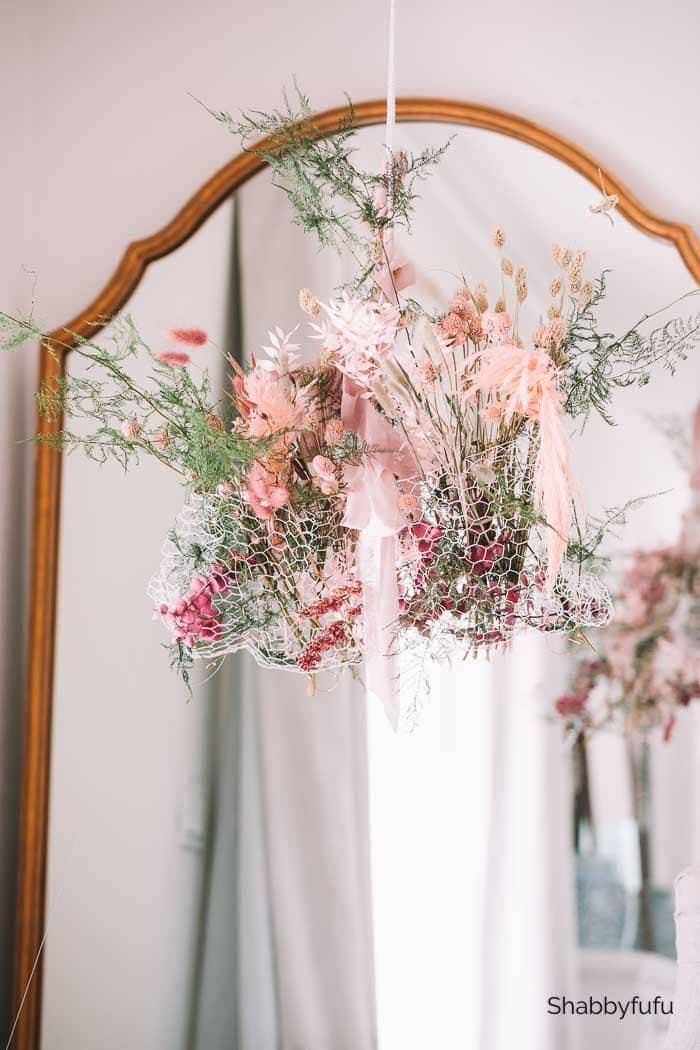 Shabbyfufu - DIY Fall Dried Flower Chandelier