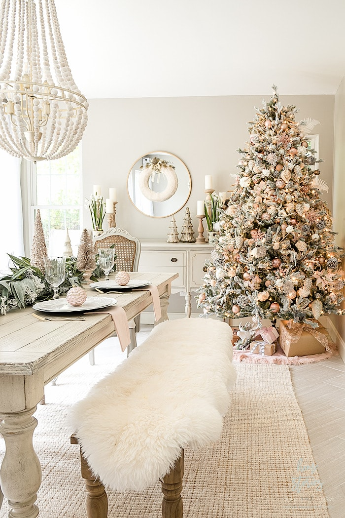 Home Stories How to Decorate Christmas Tree