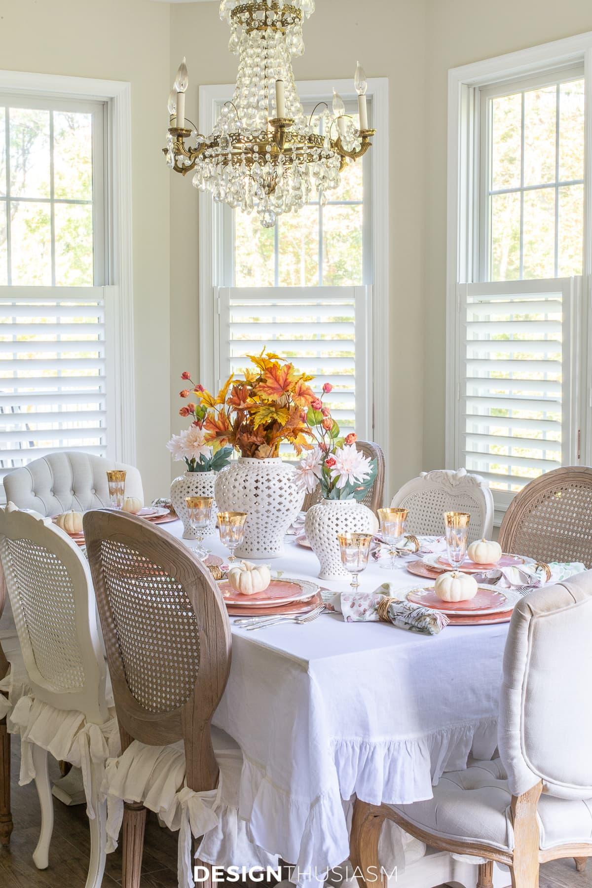 rose gold Thanksgiving table decor