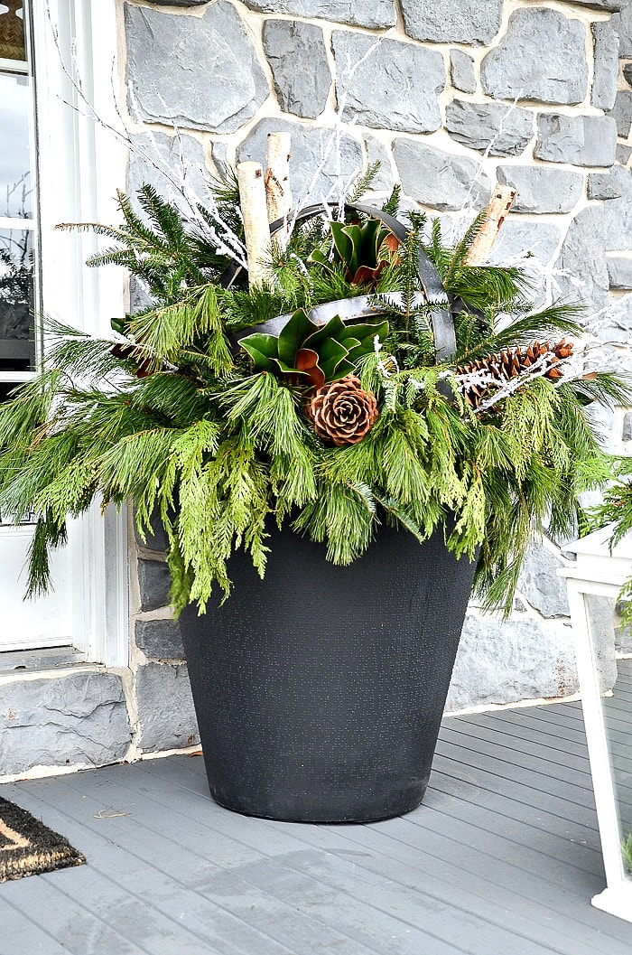 How To Make An Outdoor Christmas Planter- StoneGable