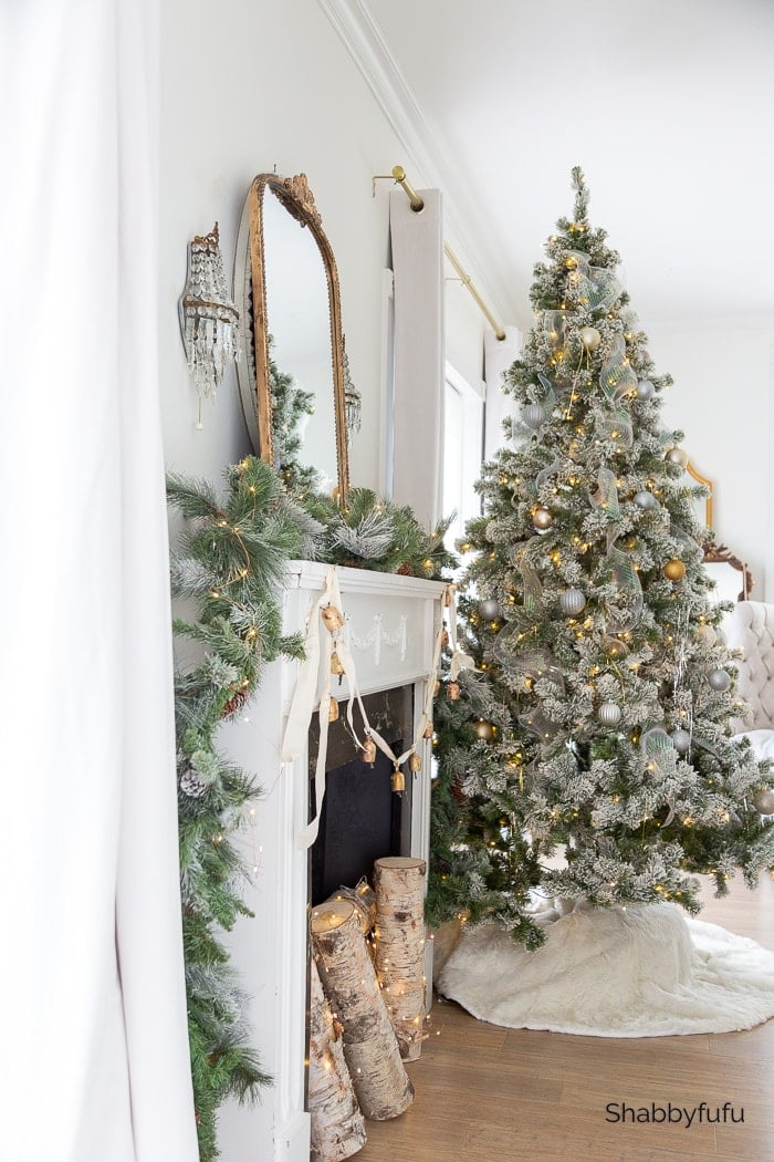 Shabbyfufu | Christmas Home Tour - Master Bedroom Details