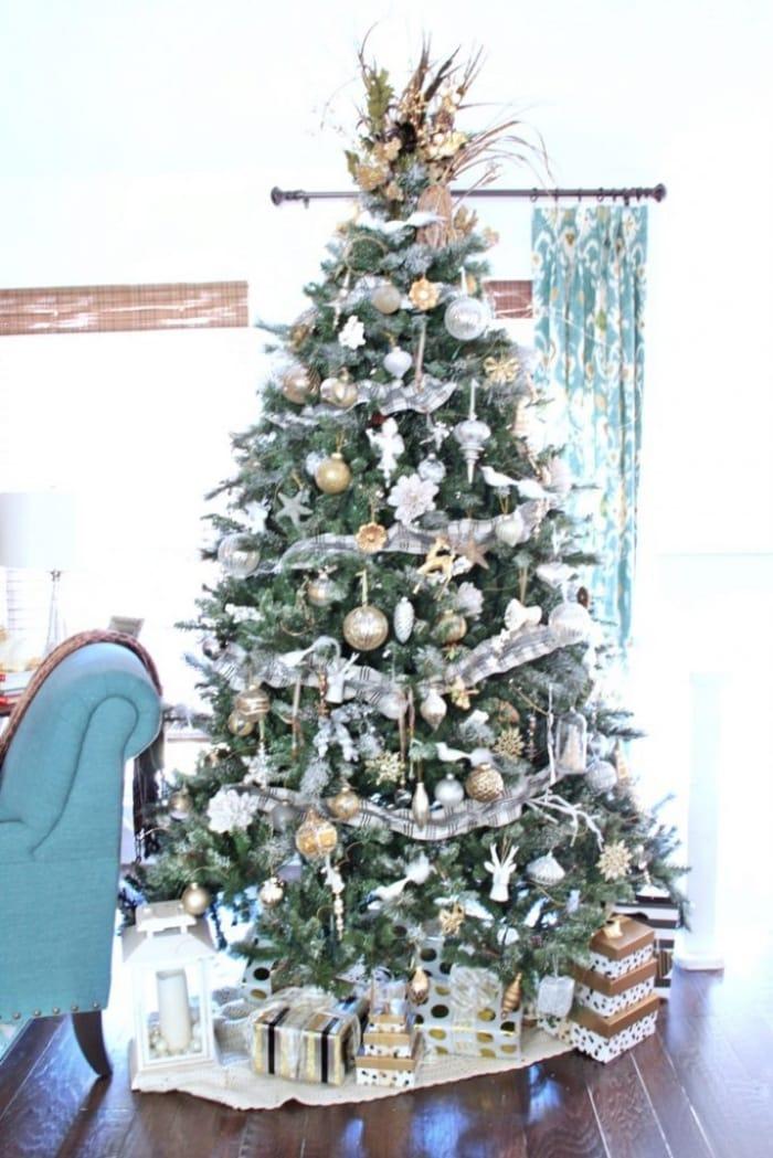 flocked christmas treeSH