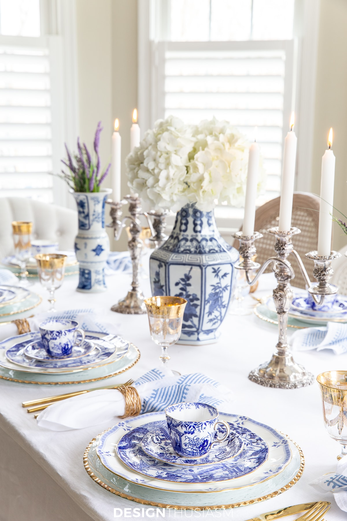 blue and white china holiday table setting