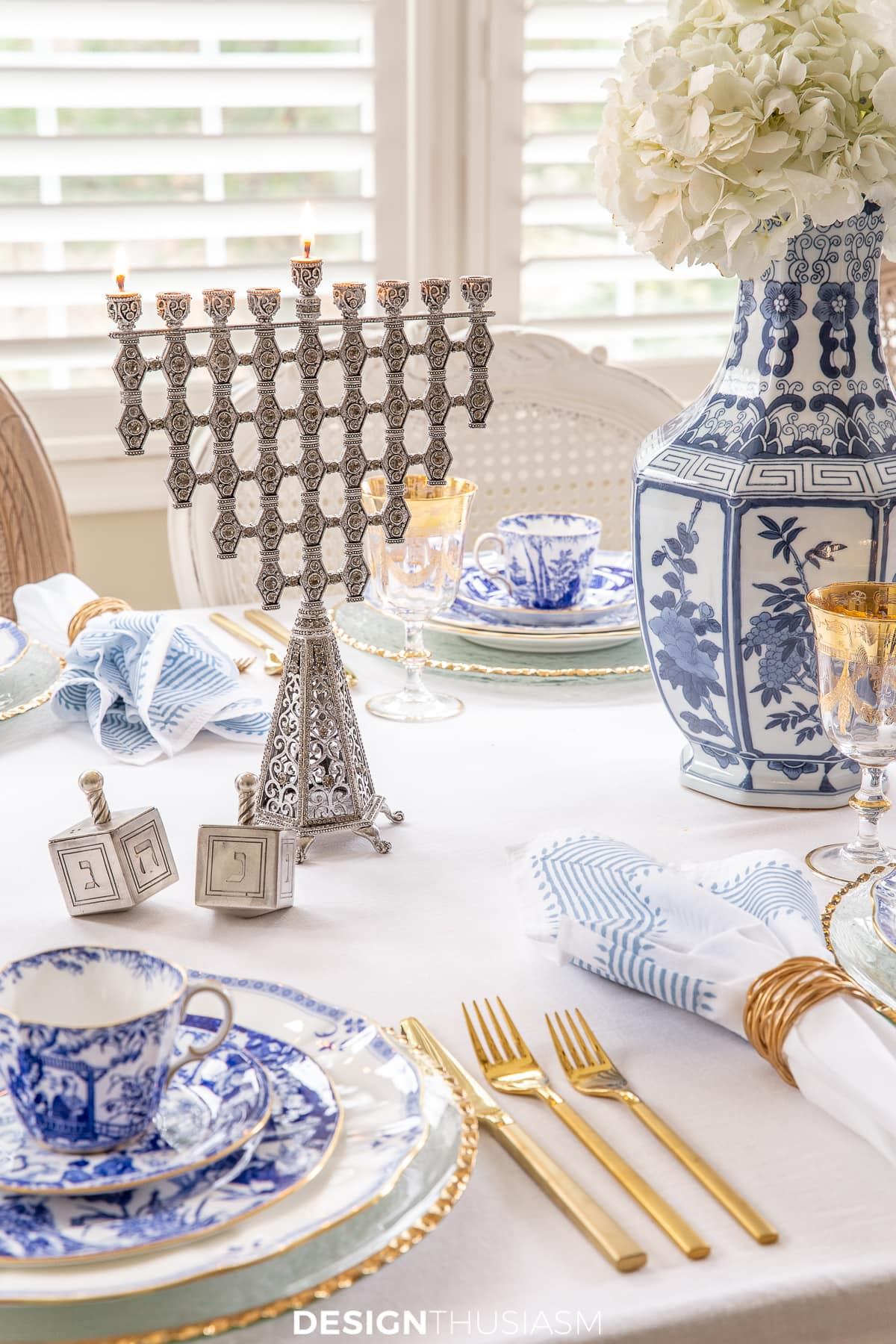 blue and white china Hanukkah table setting