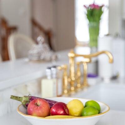 White Kitchen: Using White Quartz Countertops in a Kitchen Remodel