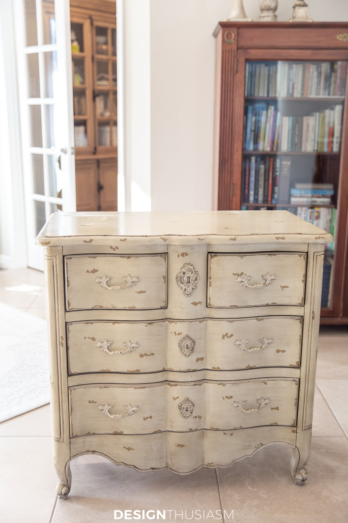 chalk painted chest of drawers before