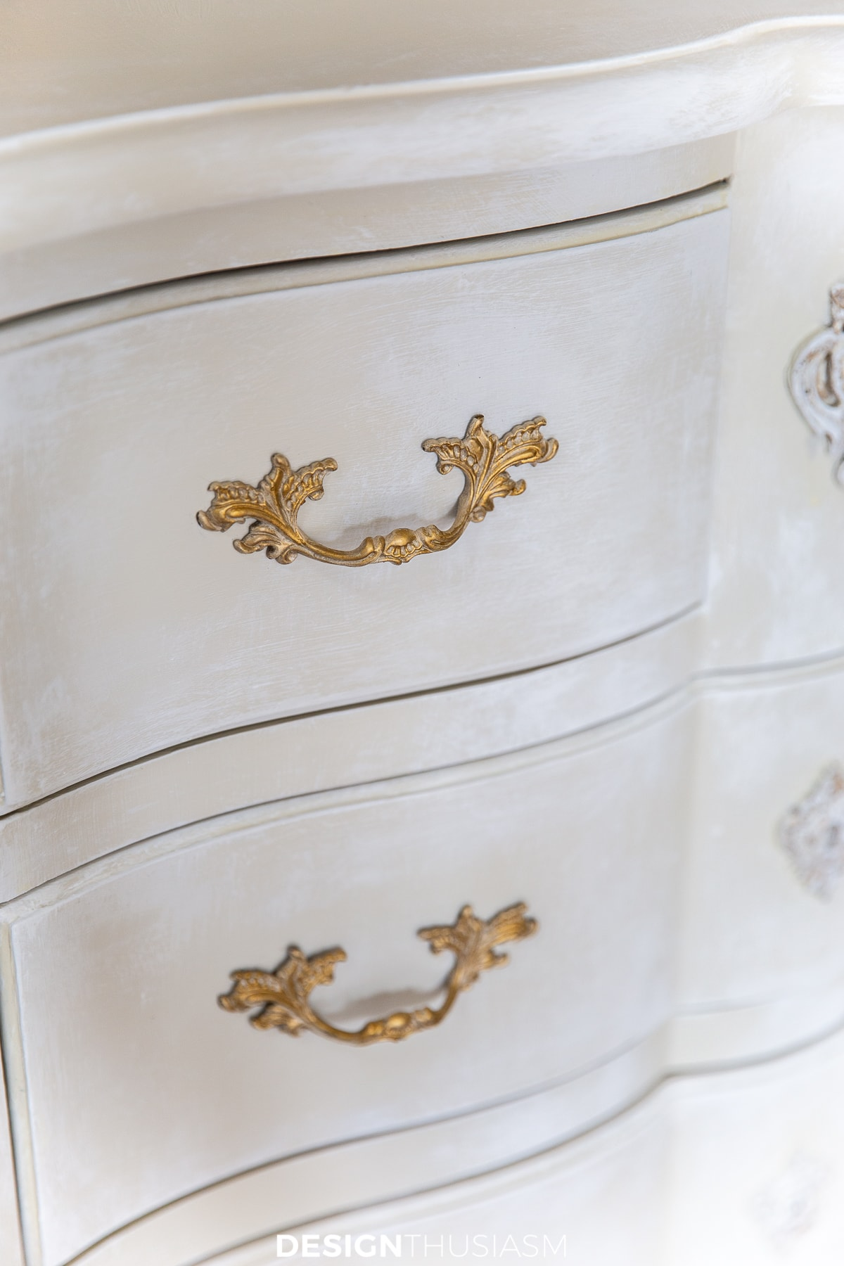 chalk painted chest of drawers hardware