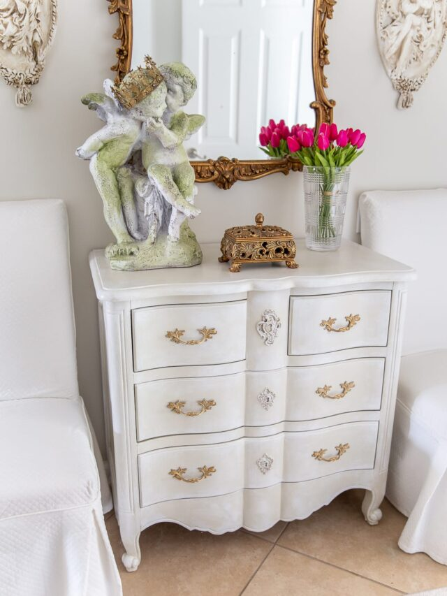 How to Chalk Paint a Chest of Drawers