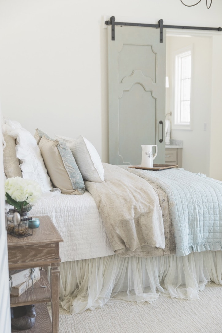 beautiful house tour guest room
