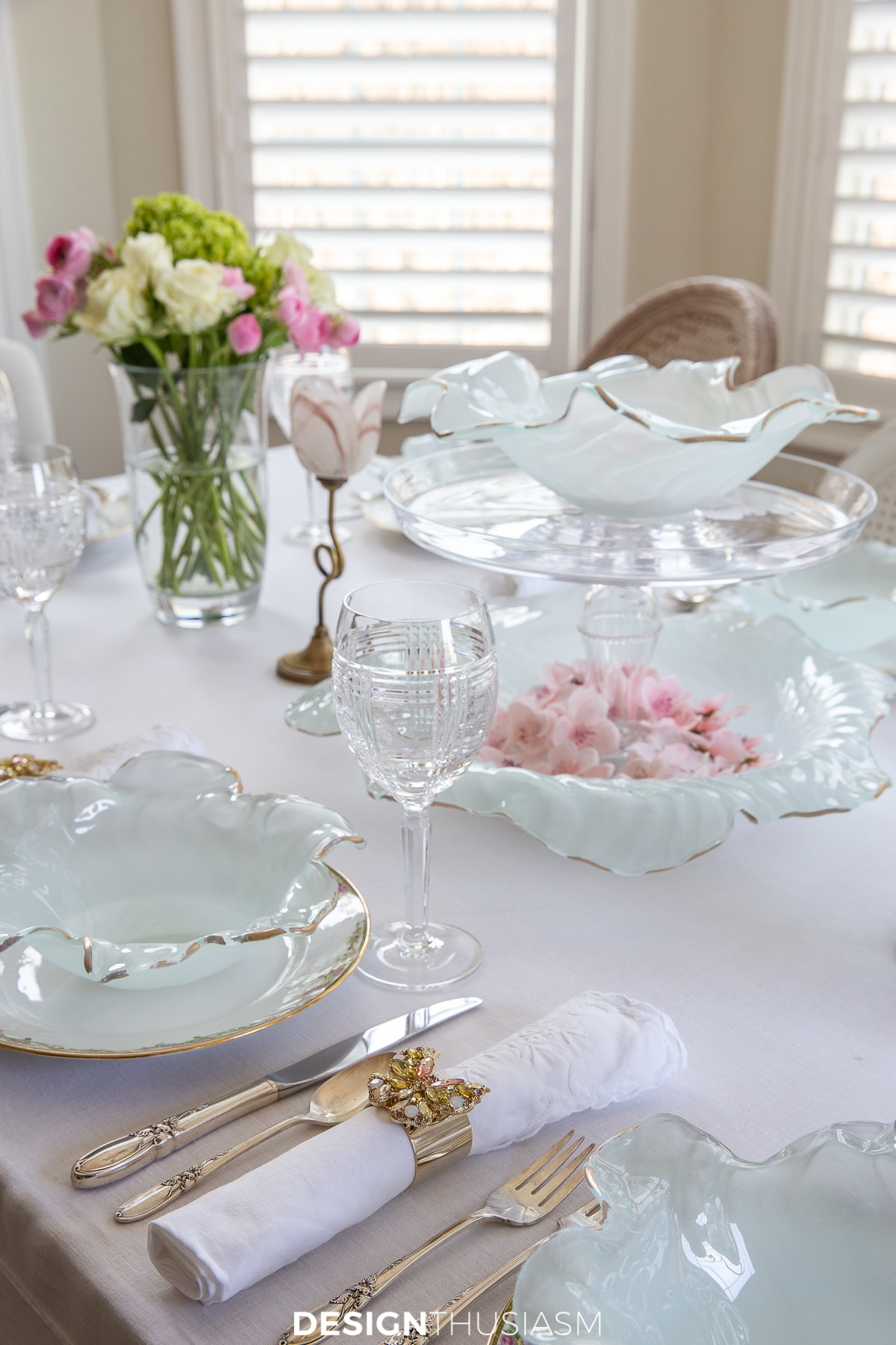 Poppy bowl Easter tablescape
