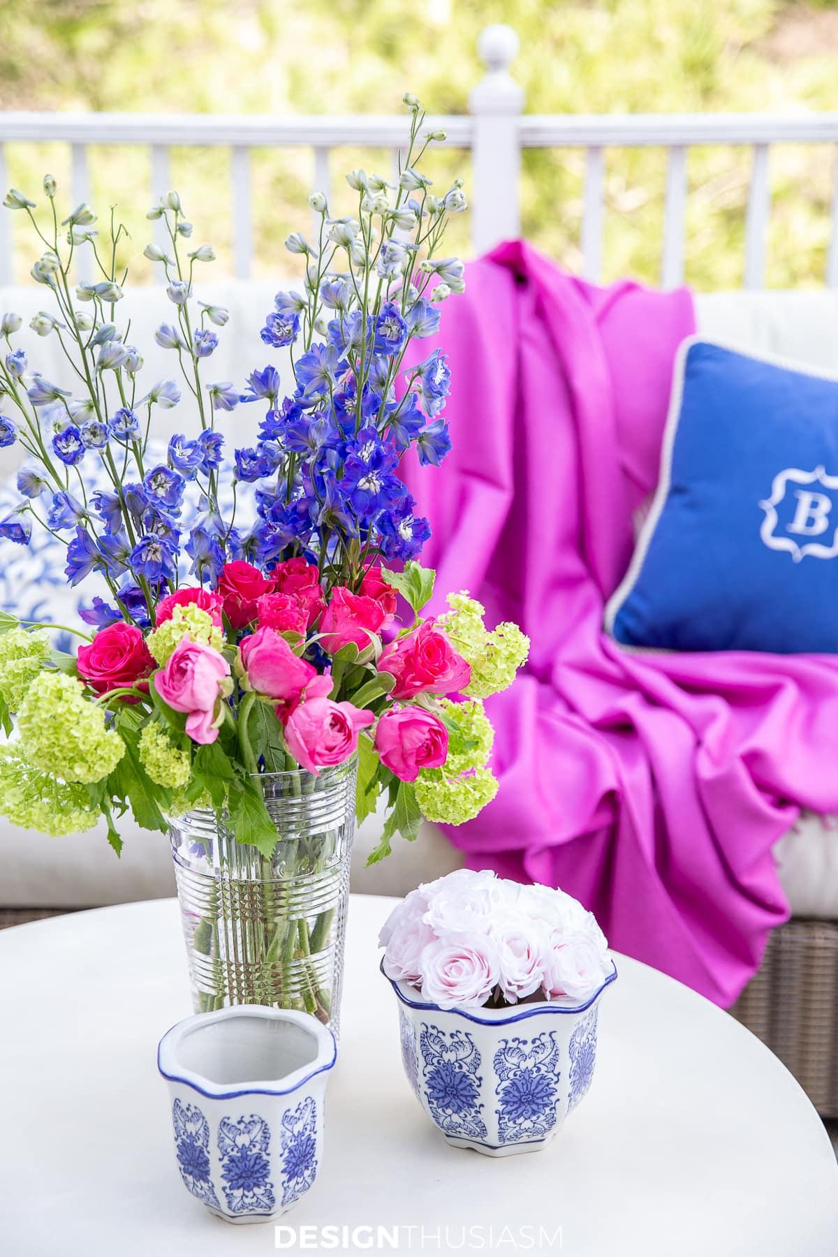 Patio Decor Ideas: Using Color to Refresh a Small Backyard Patio Deck