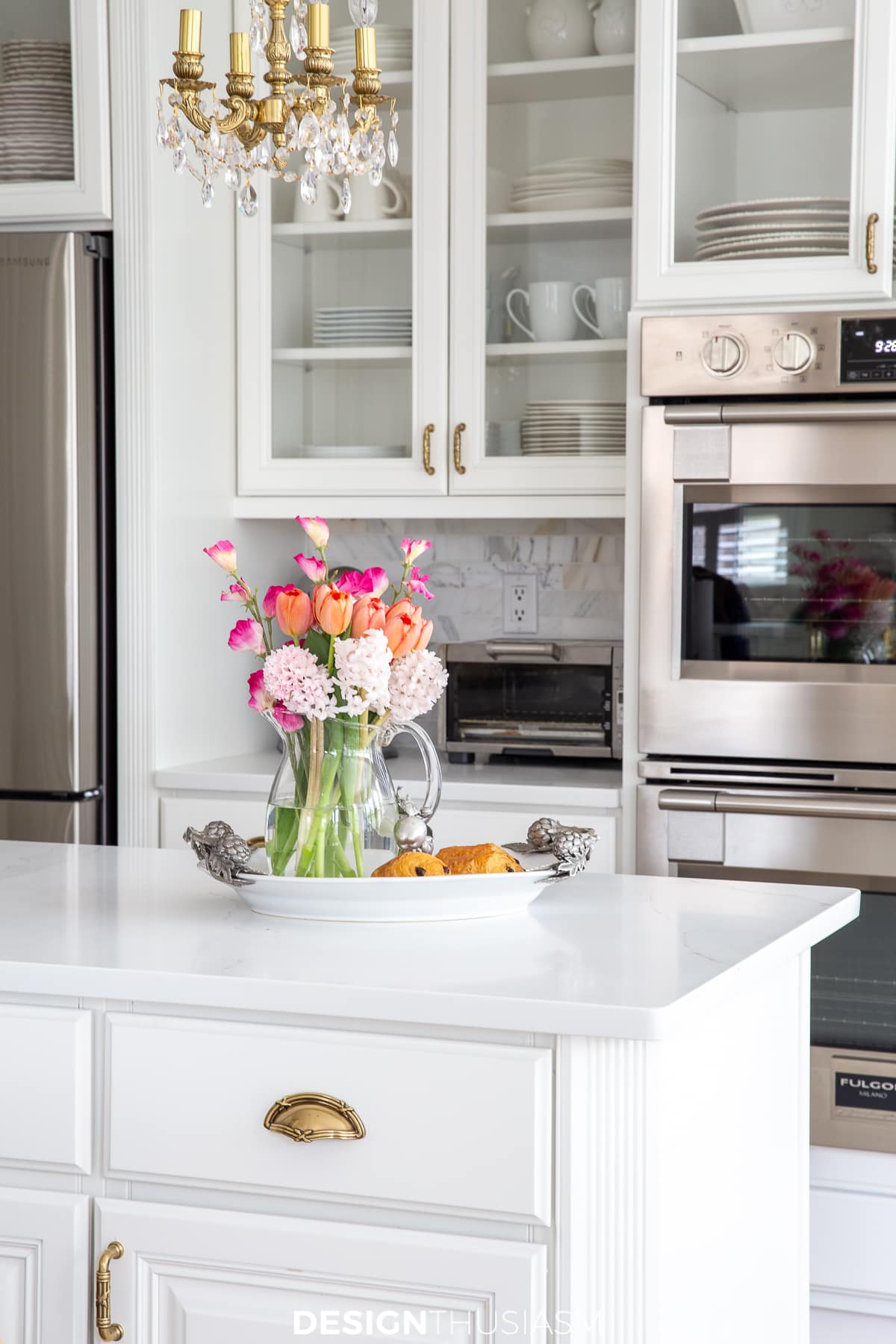 spring decor kitchen