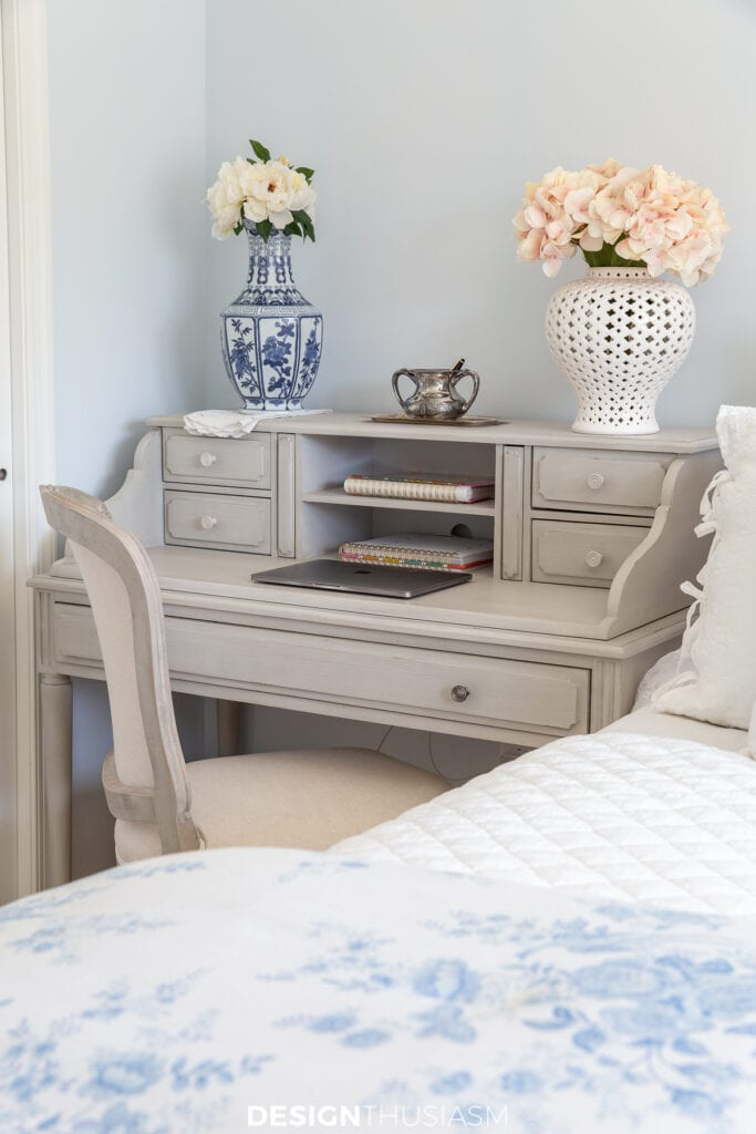 office bedroom desk