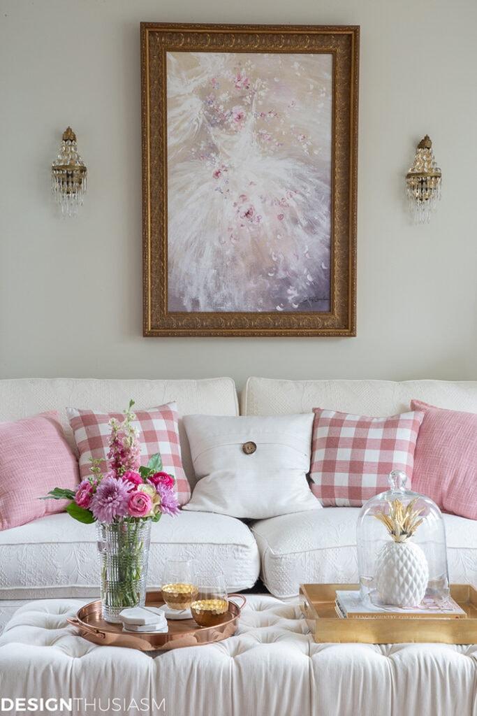 Pink Decor Living Room from Designthusiasm